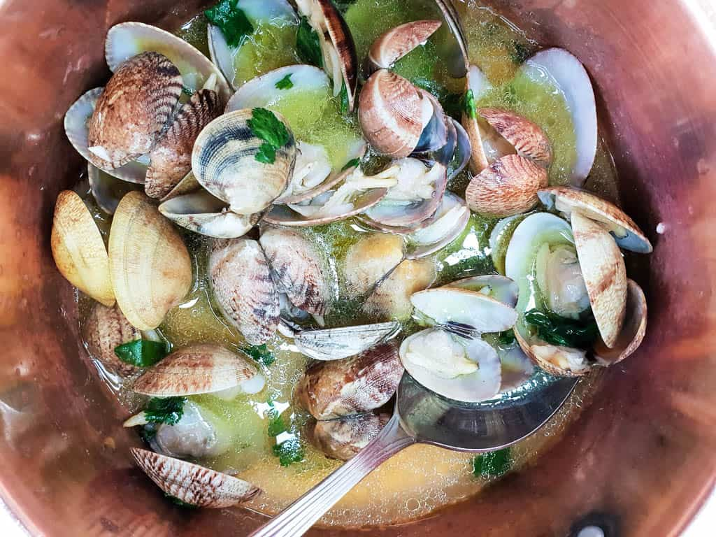 What to do in Lisbon Portugal - Eat Seafood