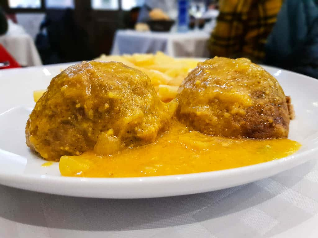 albondigas - eating in Malaga