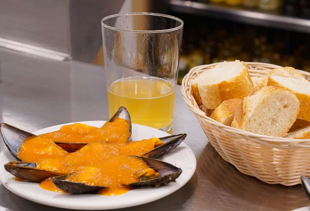 restaurants in Old Town San Sebastian Spain