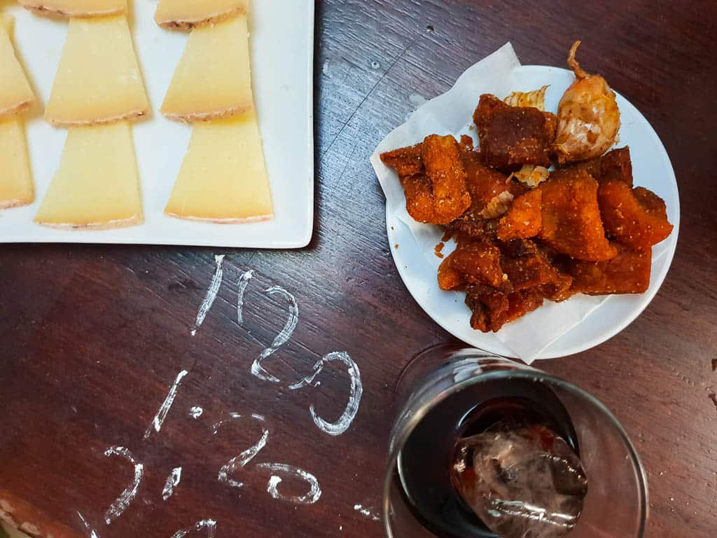 How to order tapas at Seville tapas bars
