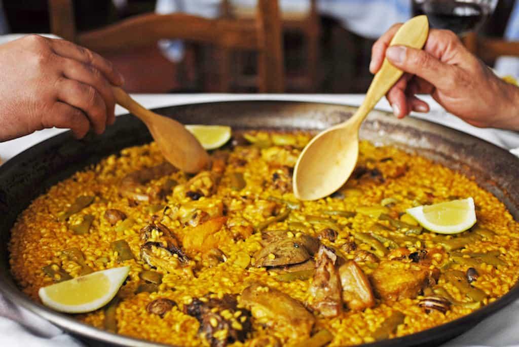 Valencia highlights - Eating Paella