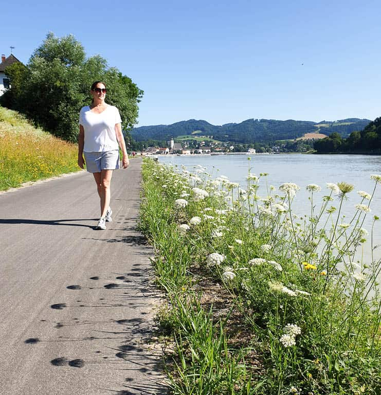 what to wear for river cruise excursions