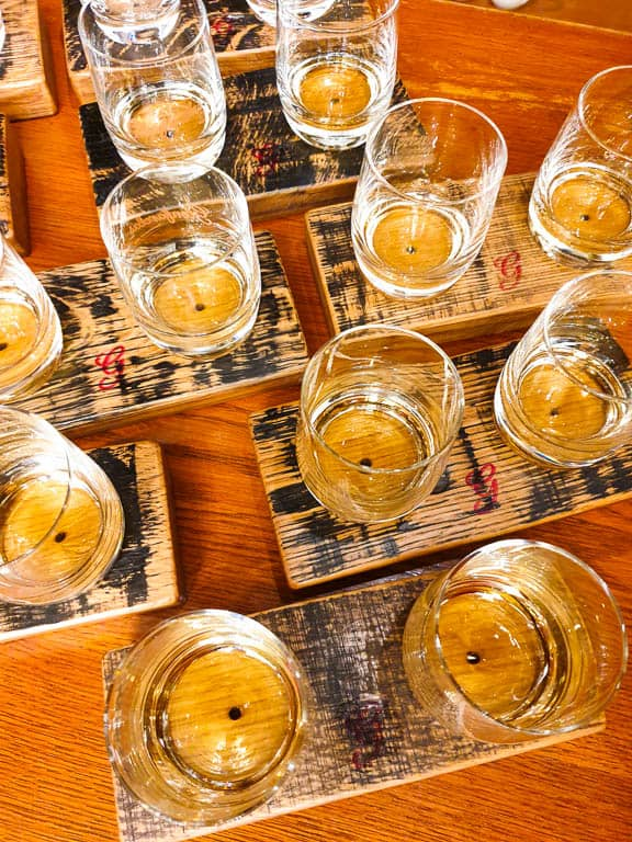 Whiskey Gift Sets - The Best Gifts For Whiskey Drinkers