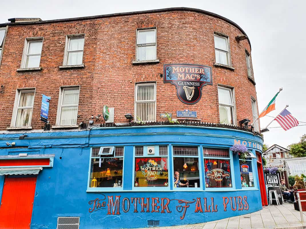 Great pubs in Ireland for whiskey