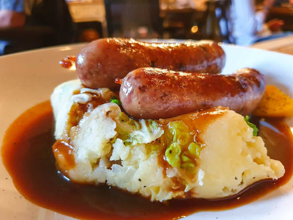 bangers and mash with Rumbledethumps