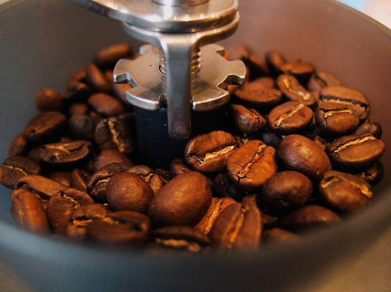 The Best Manual Coffee Grinder Reviews