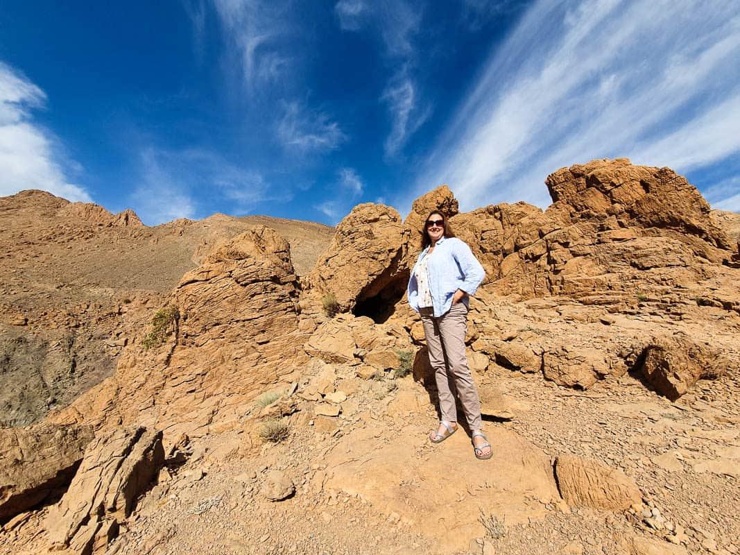 what do women wear in morocco