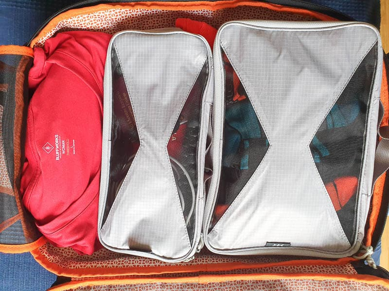 packing cubes in a carry on
