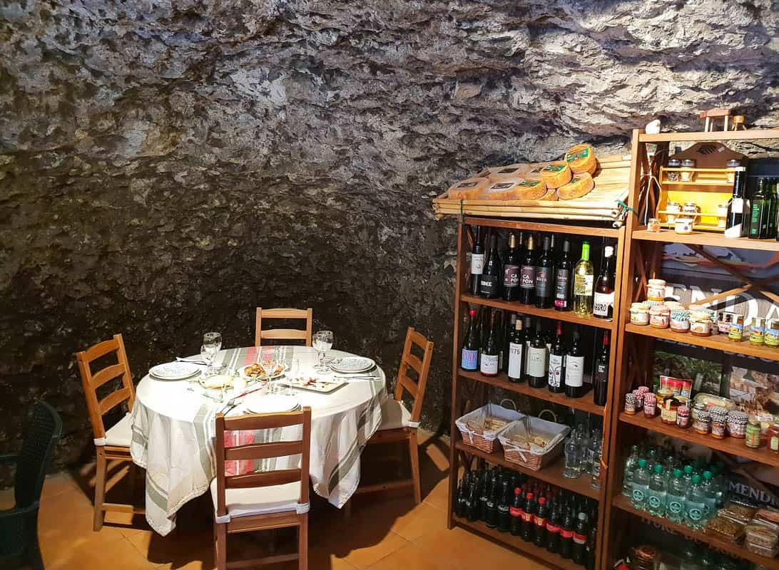 Restaurante Bio Tasca Gastro Cueva in Artenara