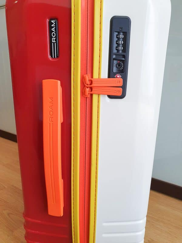 Roam Luggage Zippers