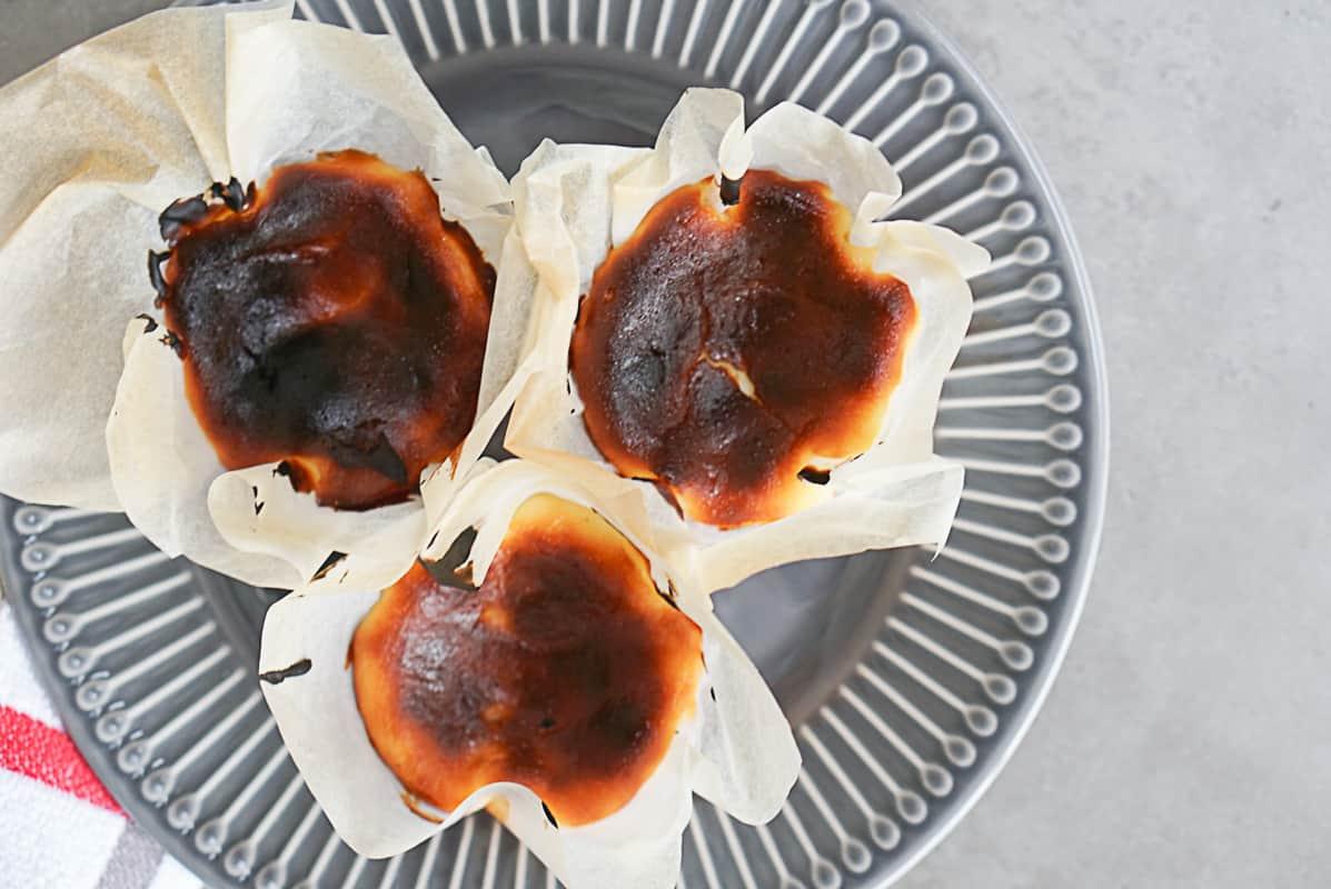 Mini Burnt Cheesecake Recipe - San Sebastian Cheesecake