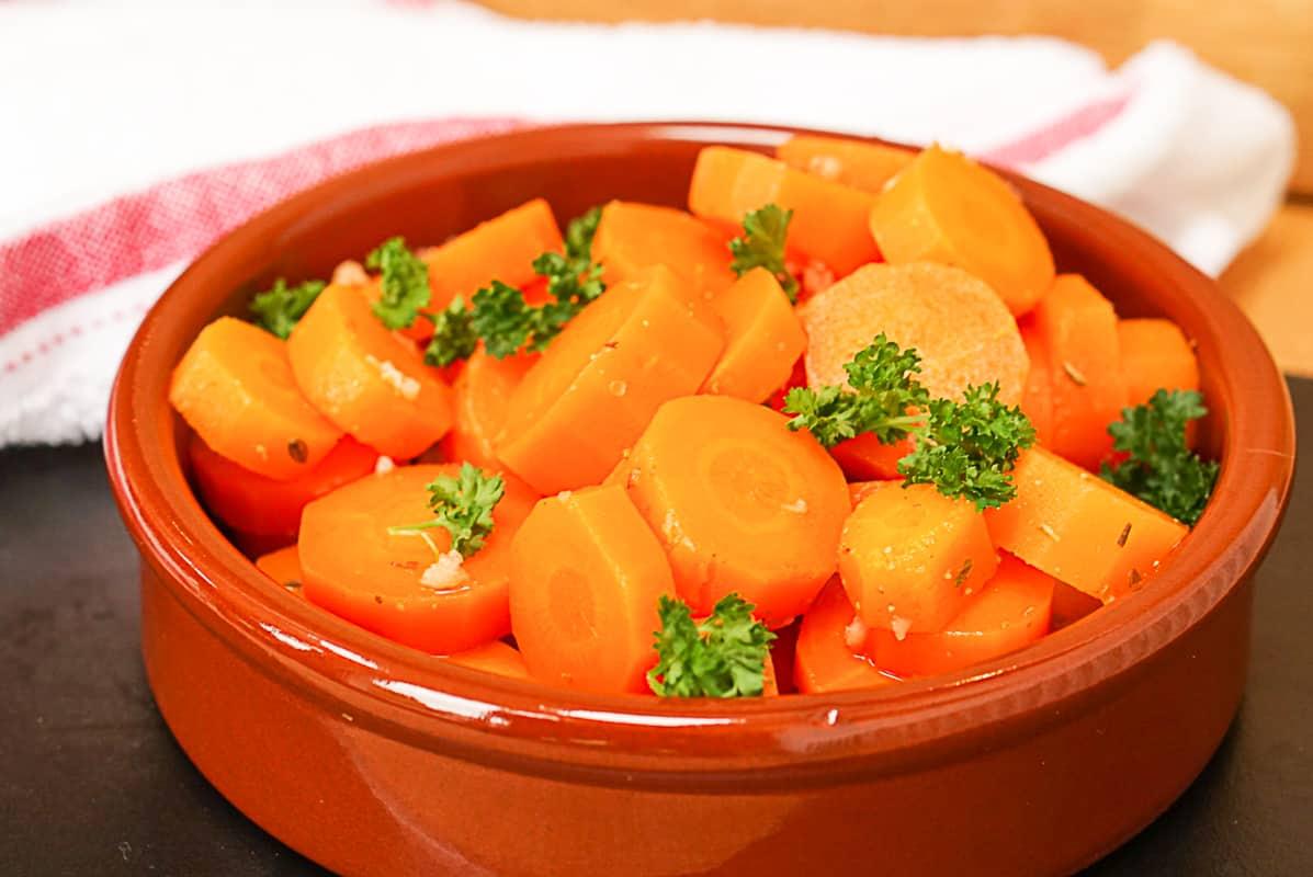 zanahorías aliñadas recipe